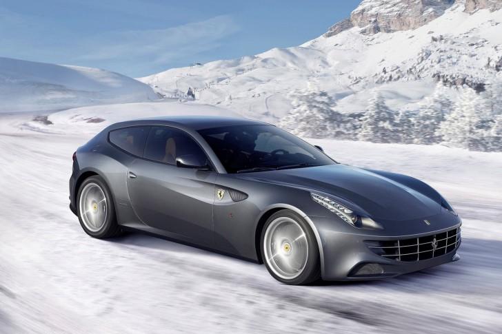 Ferrari-FF-argento-neve-485x728