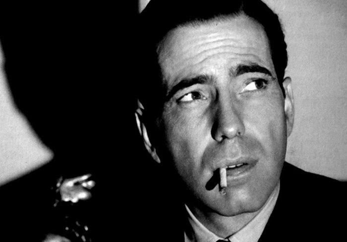 Humphrey Bogart z papierosem w zębach