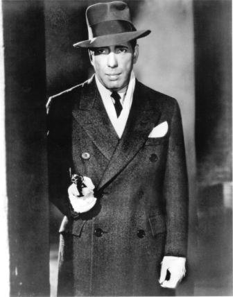 Humphrey Bogart z pistoletem