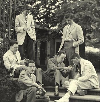 studenci Ivy League palący papierosy