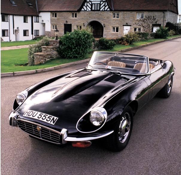 Jaguar E-Type - widok z przodu