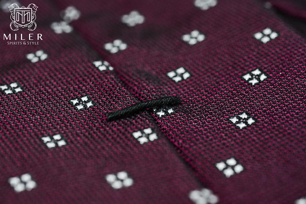 wykończenie krawata