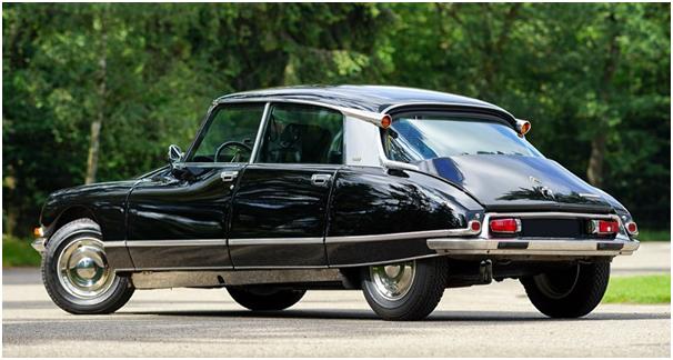 Citroën DS z tyłu