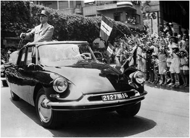 prezydent Francji w Citroënie DS