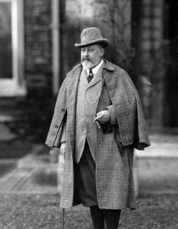 Król Edward VII w tweedowym płaszczu