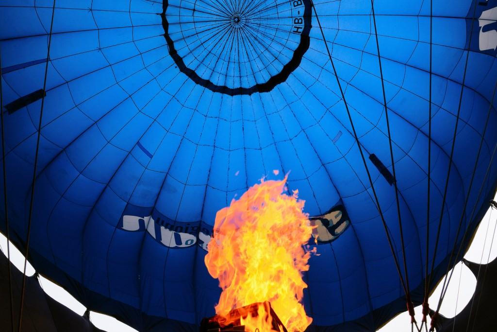 podgrzewanie powietrza w balonie