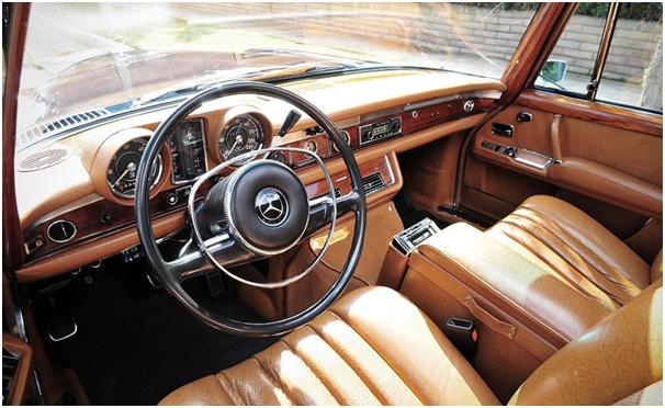 Mercedes 600: wnętrze