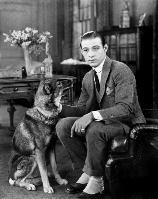 Rudolf Valentino z psem