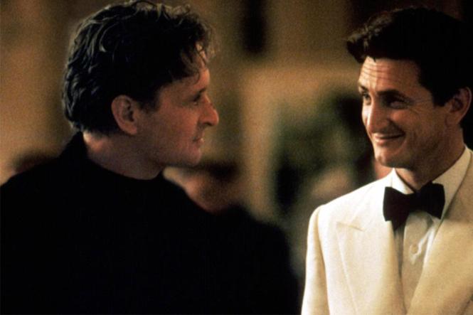 Michael Douglas (po lewej) i Sean Penn (po prawej) w filmie Gra