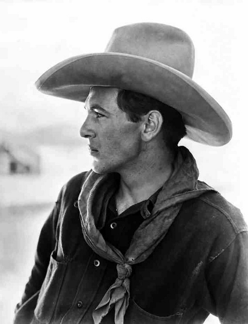 Gary_Cooper_in_The_Winning_of_Barbara_Worth_1926
