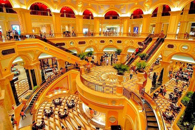 venetian-macau-staircase_snapseed