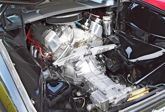 1972-DeTomaso-Pantera-Engine-Bay-351-Cleveland-st