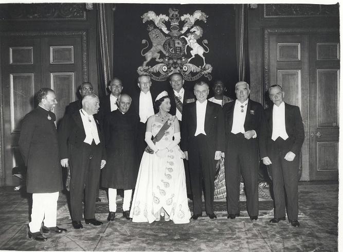Królowa Elżbieta II z premierami krajów Commonwealth