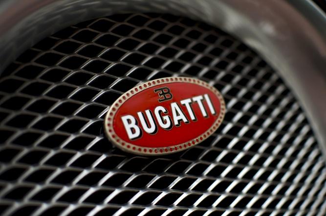 bugatti-veyron-grill