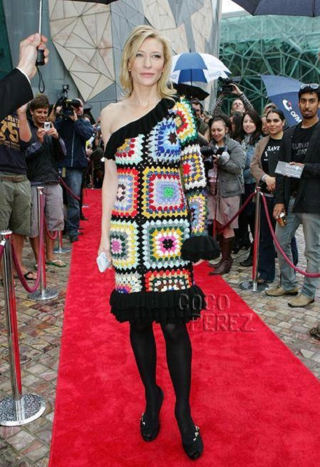 cate-blanchett-crochet-blanket-dress__oPt