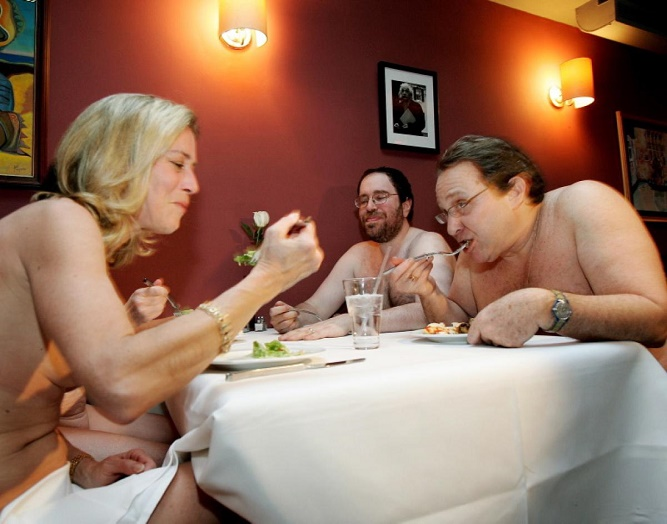 clothing-optional-dinner