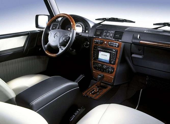Mercedes-Benz G 55 AMG wnętrze
