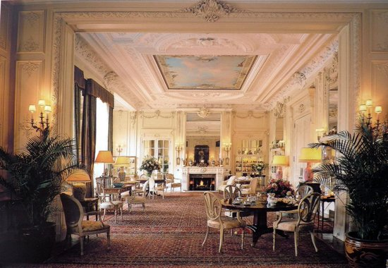 white drawing room sandringham house