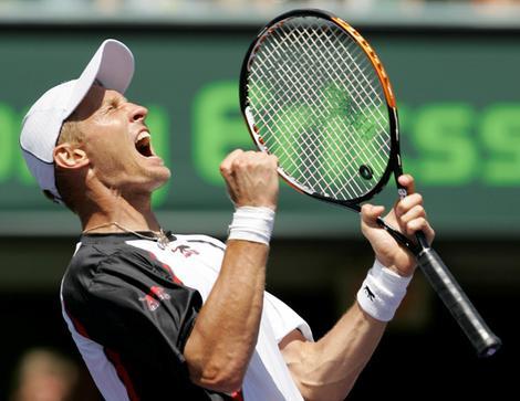 Nikolay Davydenko celebrates his 6-4, 6-2 win over Rafael Nadal.
