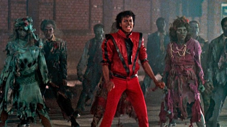 Kadr z teledysku Thriller Michaela Jacksona.