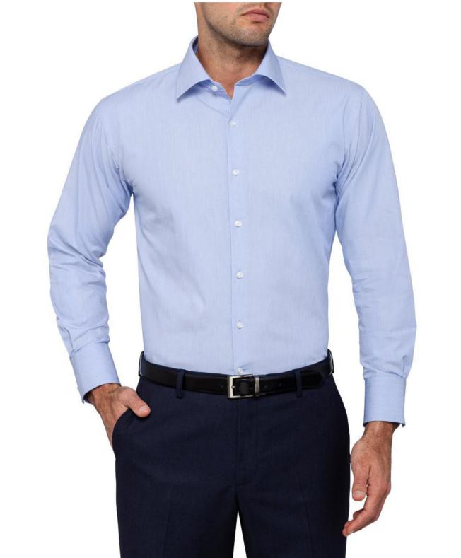 niebieska koszula, klasyczne ubranie na randkę